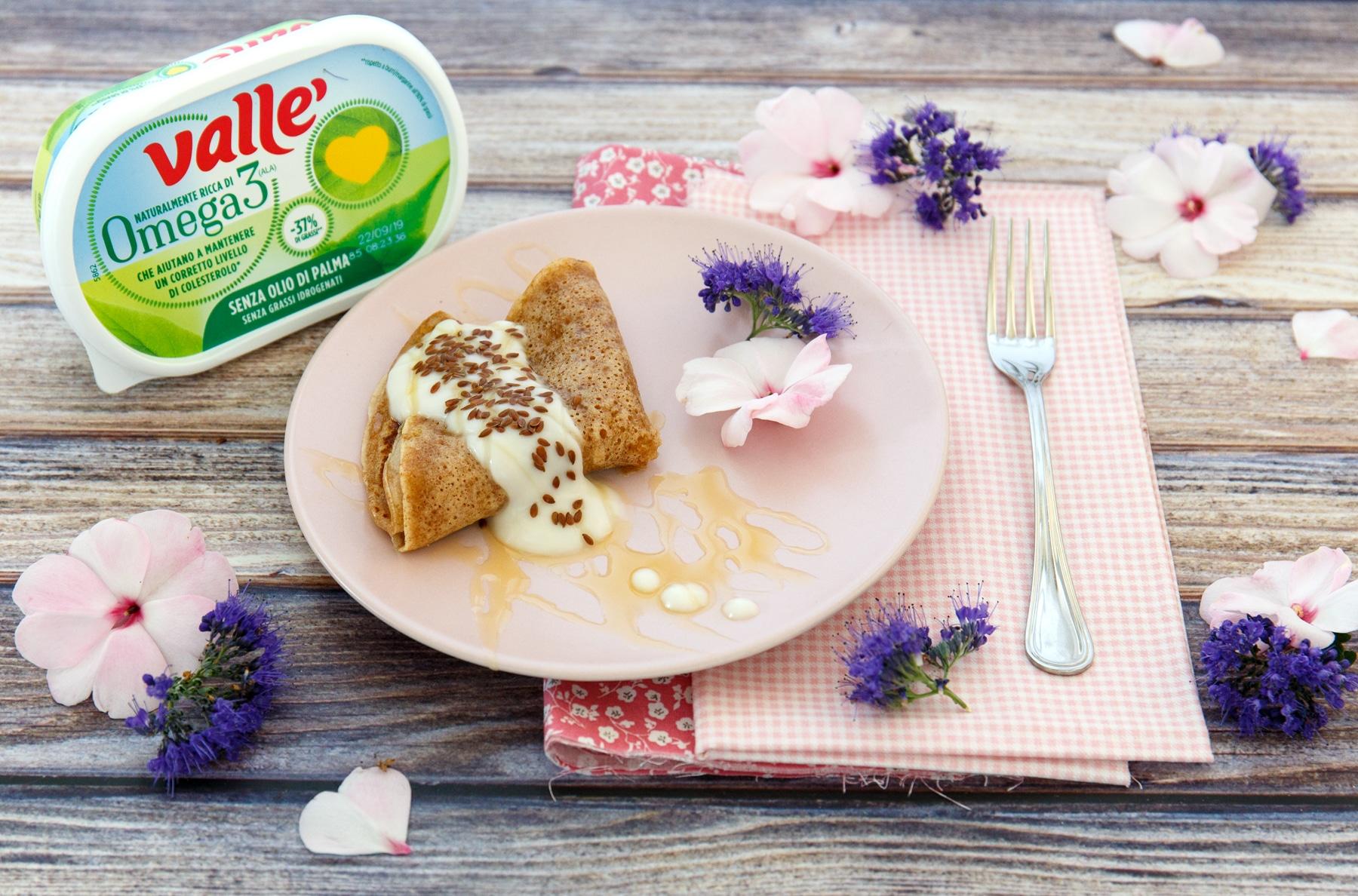 Mini- crêpe di farro con miele mille fiori e semi di lino