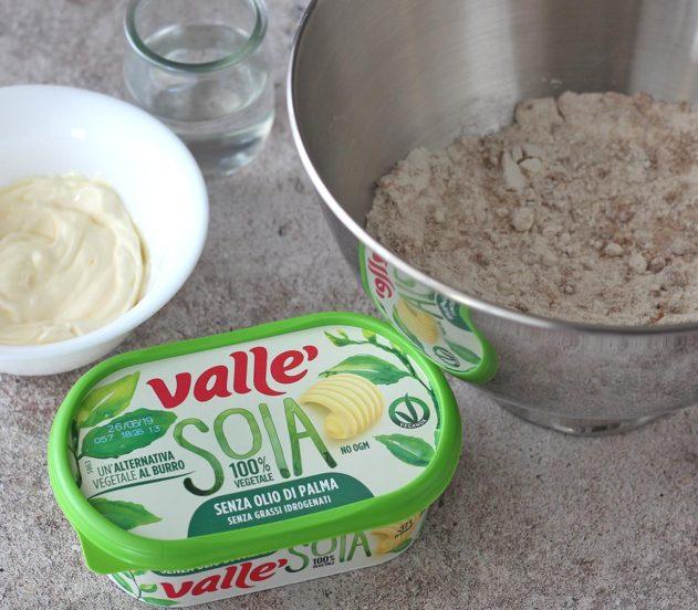 biscotti integrali al cacao con fichi e limone 1