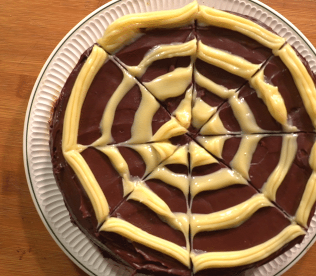 Poke cake ragnatela 12