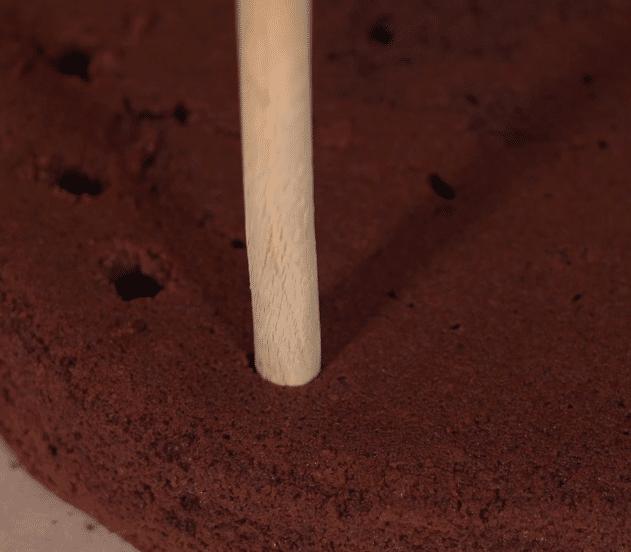 Poke cake ragnatela 5