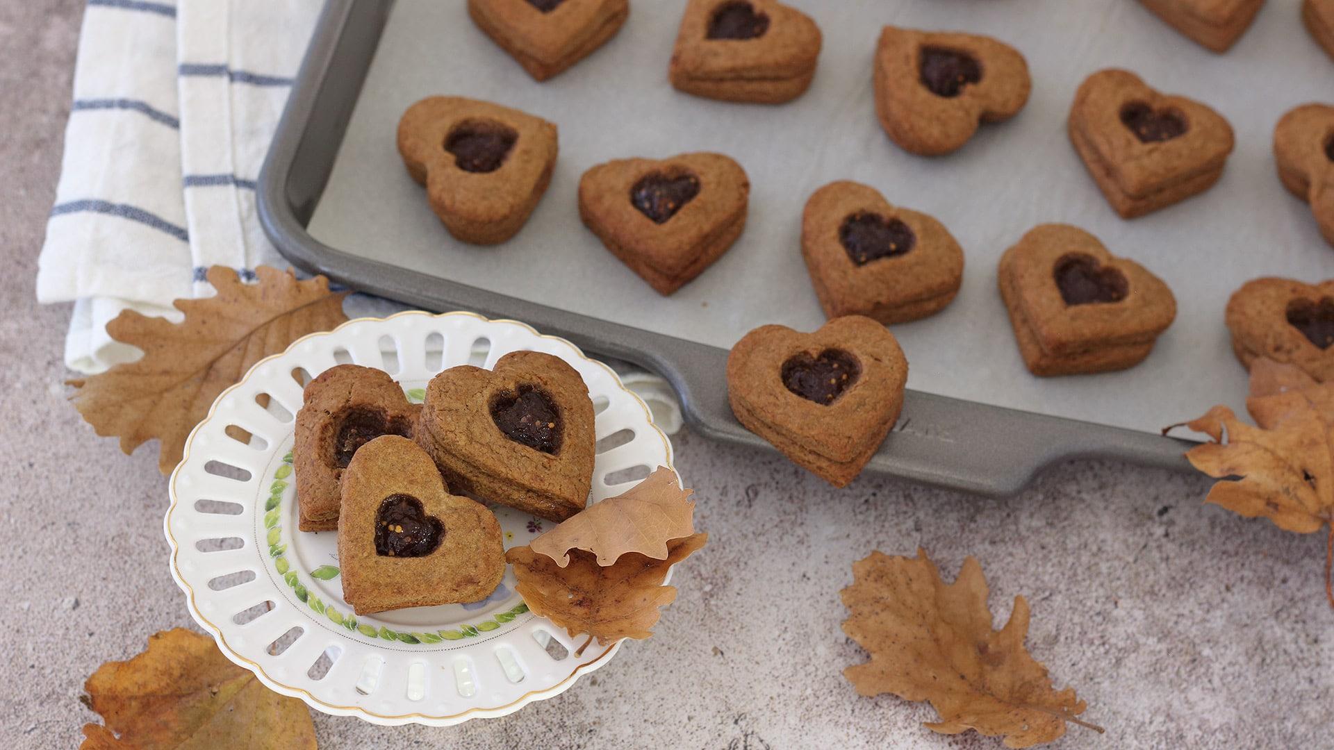Biscotti integrali al cacao con fichi e limone