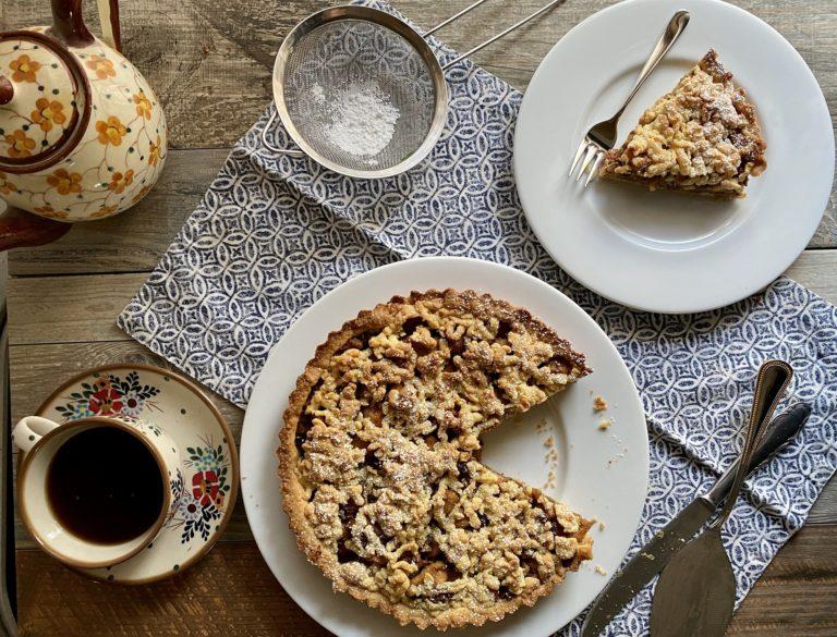 Far intiepidire prima di servire e spolverizzare a piacere con zucchero a velo