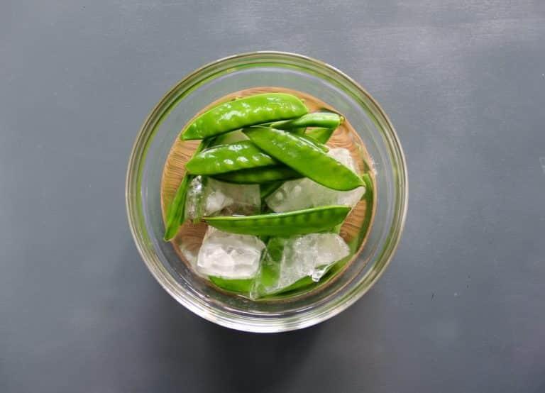Insalata primaverile di verdure cotte e crude, citronette miele e senape - Step 4