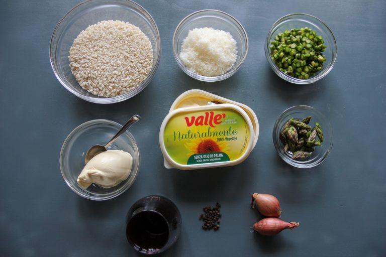 Risotto agli asparagi, vino rosso e pecorino - Ingredienti