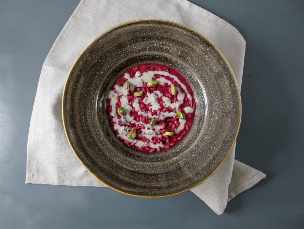 Risotto alla rapa rossa, gorgonzola, pistacchio