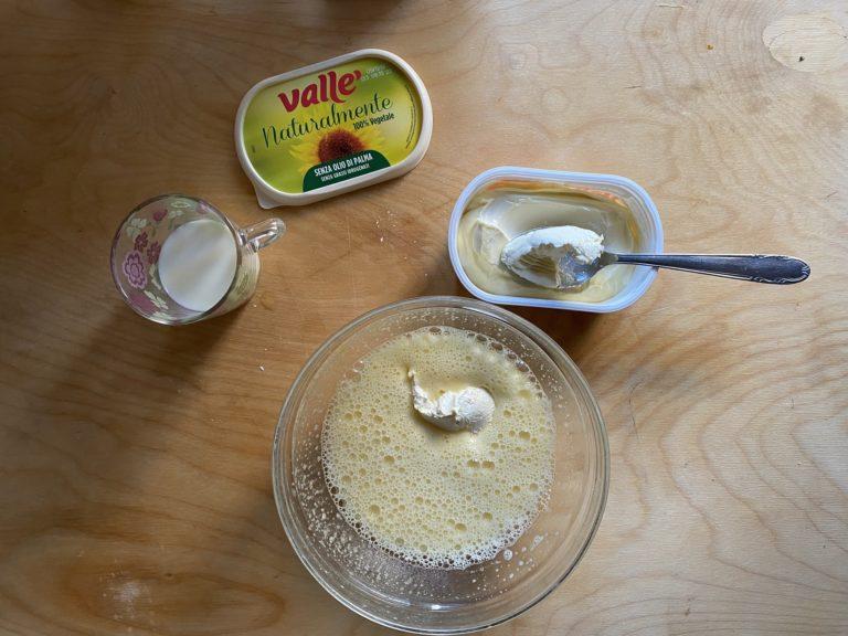 Aggiungere il latte e Vallé Naturalmente