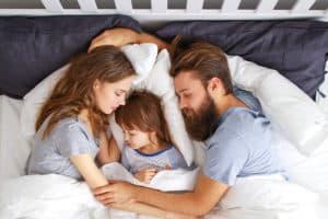 dormire in famiglia