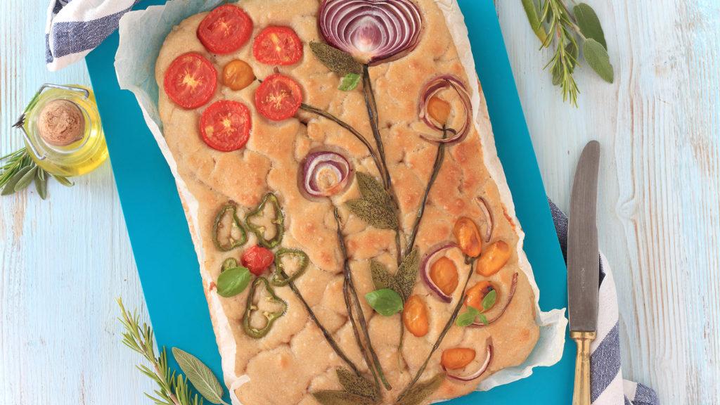 Focaccia soffice senza impasto alle verdure
