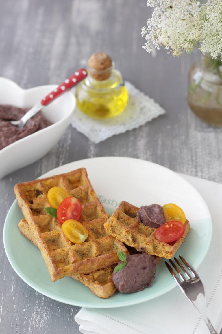 Cuocete i waffles fino a quando sono dorati nella piastra, o a 180°C per 15 minuti