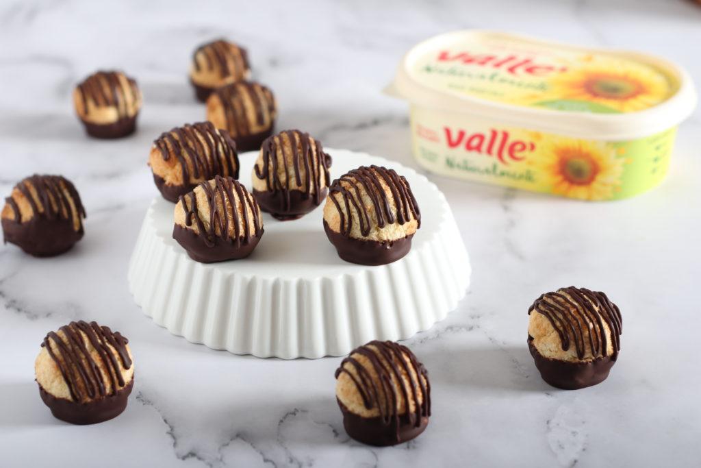 Biscottini al cocco e cioccolato